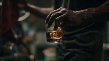 Evan Williams TV Spot, 'Bourbon Done Right' - Thumbnail 5