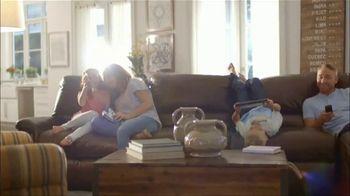 La-Z-Boy Columbus Day Sale TV Spot, 'Favorite Spot' - Thumbnail 4