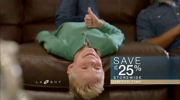 La-Z-Boy Columbus Day Sale TV Spot, 'Favorite Spot' - Thumbnail 9