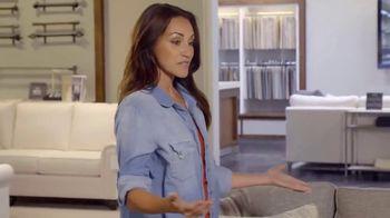 Bassett TV Spot, 'Custom Furniture: 30 Percent Off Rugs' - Thumbnail 4