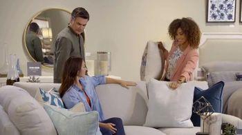 Bassett TV Spot, 'Custom Furniture: 30 Percent Off Rugs' - Thumbnail 7