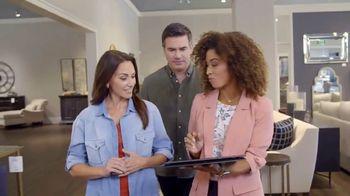 Bassett TV Spot, 'Custom Furniture: 30% Off Rugs'