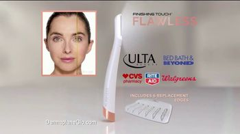 Finishing Touch Flawless Dermaplane Glo TV Spot, 'Brighter, Smoother, Younger Skin' - Thumbnail 9
