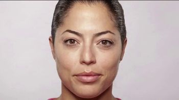 Finishing Touch Flawless Dermaplane Glo TV Spot, 'Brighter, Smoother, Younger Skin' - Thumbnail 5