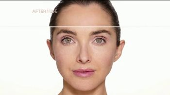 Finishing Touch Flawless Dermaplane Glo TV Spot, 'Brighter, Smoother, Younger Skin' - Thumbnail 8