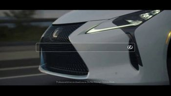Lexus TV Spot, 'What Emotion Fits in the Palm of Your Hand?' Song by Kings Kaleidoscope [T1] - Thumbnail 5