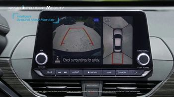 Nissan TV Spot, 'Heisman House: Parking Spot' Featuring Marcus Mariota, Kyler Murray [T1] - Thumbnail 5