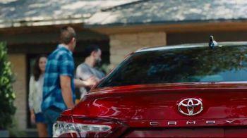 2019 Toyota Camry TV Spot, 'Roomy' [T2] - Thumbnail 3