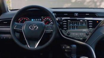 2019 Toyota Camry TV Spot, 'Roomy' [T2] - Thumbnail 4