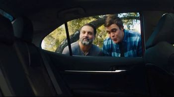 2019 Toyota Camry TV Spot, 'Roomy' [T2] - Thumbnail 5