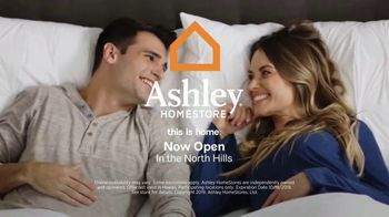 Ashley HomeStore Columbus Day Mattress Sale TV Spot, 'Your Choice: Save Up to $1,000' - Thumbnail 10