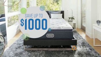 Ashley HomeStore Columbus Day Mattress Sale TV Spot, 'Your Choice: Save Up to $1,000' - Thumbnail 5