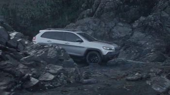 Jeep Cherokee TV Spot, 'When It Rains' Song by Of Monsters and Men [T1] - Thumbnail 5