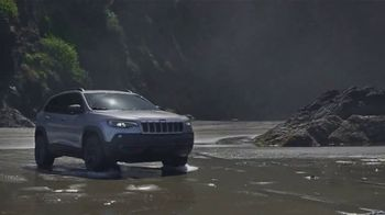 Jeep Cherokee TV Spot, 'When It Rains' Song by Of Monsters and Men [T1]