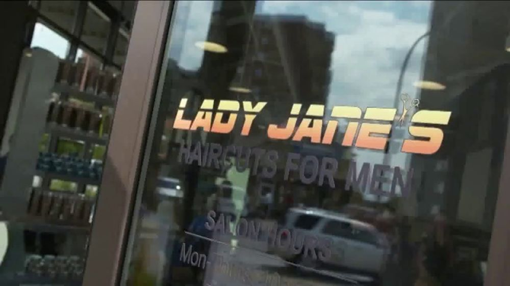 Lady Jane's Haircuts for Men TV Commercial, 'Paying It Forward'
