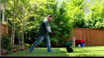 Lowe's TV Spot, 'All Season Long: Scotts EZ Seed' - Thumbnail 6