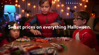 Walmart TV Spot, 'The Halloween Exchange' - Thumbnail 5