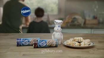 Pillsbury Sweet Biscuits TV Spot, 'Family Time' - Thumbnail 10