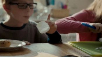 Pillsbury Sweet Biscuits TV Spot, 'Family Time' - Thumbnail 7