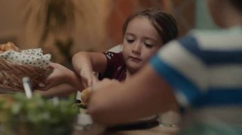 Pillsbury Crescent Rolls TV Spot, 'Family Time' - Thumbnail 6