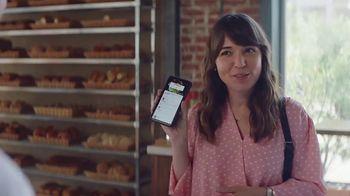 AT&T Wireless TV Spot,  'Los mejores pasteles' [Spanish] - Thumbnail 1