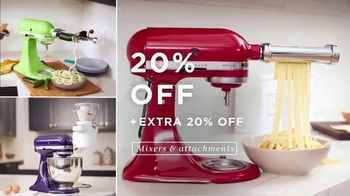 Macy's TV Spot, 'Lowest Prices of the Season: Casual Styles, Mixers and Bedding' - Thumbnail 4