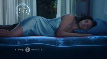 Sleep Number 360 Smart Bed TV Spot, 'Adjust Your Comfort: Save up to $500 Off' Feat. Dak Prescott - Thumbnail 5