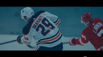 Warrior Sports DX Stick TV Spot, 'Power On' Featuring Leon Draisaitl, Dylan Larkin and Drew Doughty - Thumbnail 6