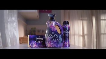 Downy Infusions Calm TV Spot, 'Lavender' Song by Lxandra - Thumbnail 9