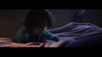 Downy Infusions Calm TV Spot, 'Lavender' Song by Lxandra - Thumbnail 5