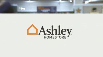 Ashley HomeStore Venta de Columbus Day TV Spot, 'Descuentos a la vista' [Spanish] - Thumbnail 6