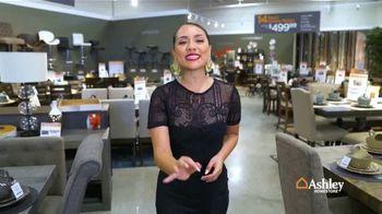 Ashley HomeStore Venta de Columbus Day TV Spot, 'Descuentos a la vista' [Spanish] - 11 commercial airings