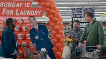 Tide TV Spot, 'Laundry Night: Fireplace' Featuring Nick Offerman, Peyton Manning, Kenan Thompson - 1 commercial airings