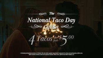 Taco Bell National Taco Day TV Spot, 'Fireside Gift' - Thumbnail 8