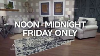 Ashley HomeStore Midnight Madness TV Spot, '30% Off and No Interest' - Thumbnail 7