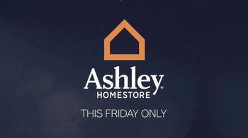 Ashley HomeStore Midnight Madness TV Spot, '30% Off and No Interest' - Thumbnail 2