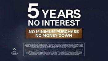 Ashley HomeStore Midnight Madness TV Spot, '30% Off and No Interest' - Thumbnail 6