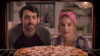 Papa Murphy's Pizza TV Spot, 'Nature Documentary: Large Signature Pepperoni' - Thumbnail 2
