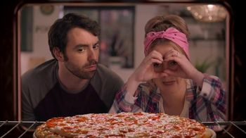 Papa Murphy\'s Pizza TV Spot, \'Nature Documentary: Large Signature Pepperoni\'