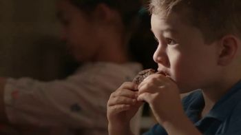 Pillsbury Place & Bake Brownies TV Spot, 'Easy to Share' - Thumbnail 6