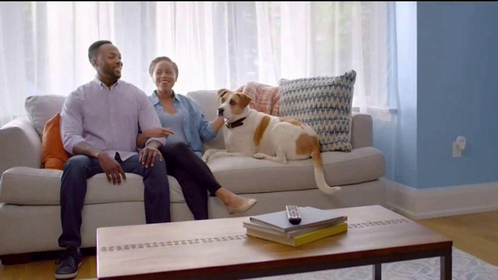 Febreze TV Commercial, 'Fresh Beginning'