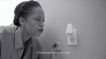 Febreze TV Spot, 'Fresh Beginning' - Thumbnail 3
