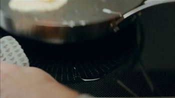 Frigidaire Induction TV Spot, 'Revolutionize Your Mornings With Induction' - Thumbnail 6