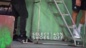 Tennis Warehouse Adidas Week TV Spot, 'Best Deals: 30 to 60 Percent Off Apparel' - Thumbnail 6
