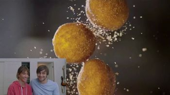 Jack in the Box 2-for-$4 Breakfast Biscuits TV Spot, 'Reacciones' [Spanish] - Thumbnail 4