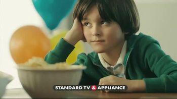 Frigidaire Summer Savings TV Spot, 'Flexible Space When You Need It' - Thumbnail 3