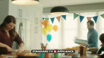 Frigidaire Summer Savings TV Spot, 'Ice Cream Cake' - Thumbnail 2