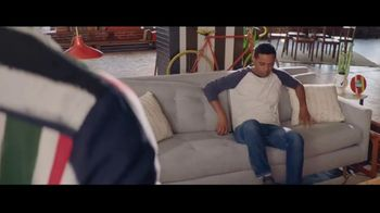 Degree Deodorants TV Spot, 'Made to Move' Featuring Matteo Lane - Thumbnail 5