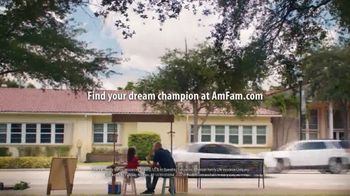 American Family Insurance TV Spot, 'Small Business, Big Dreams' Featuring Derek Jeter - Thumbnail 9