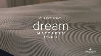 American Signature Furniture End of Summer Sale TV Spot, 'Dream Plus Queen Mattress Set' - Thumbnail 2
